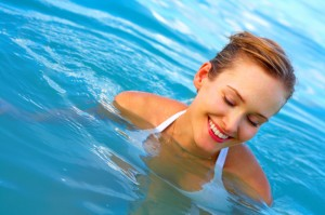 Woman_Swimming / photo from http://www.livingsmart.tv