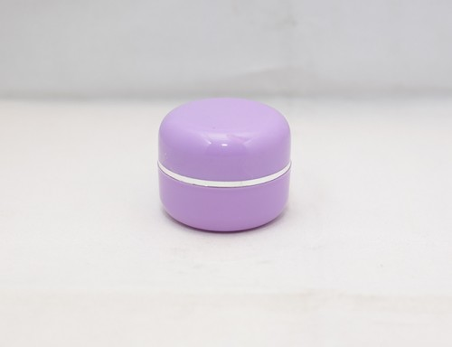 Pot Cream 12,5 Gram Oval Ungu List Silver PP