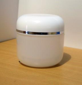 Pot Cream 60 Gram Putih Transparan List Silver