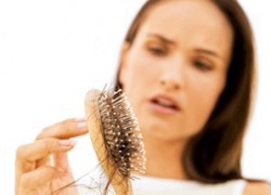 hair loss / photo from http://healthinfotimes.com