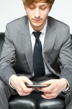 smartphone-addiction- / photo fom http://www.lifehack.org