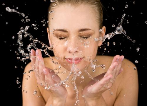 Splash / photo fro http://www.sheknows.com