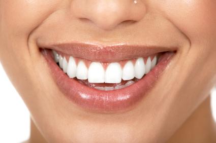 Woman teeth / photo from http://www.beautyhealthwomen.com