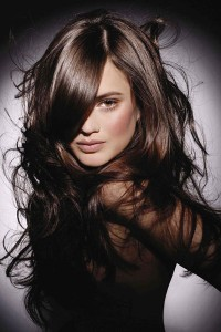 shiny-hair-naturally- / photo from http://www.beautyofwoman.com