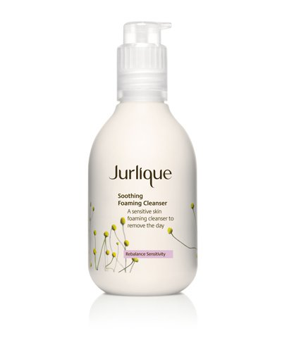 soothing foaming clenaser / photo from http://www.jurlique.com