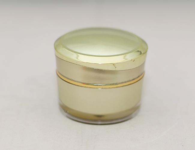 Pot Kanebo 25 Gram Gold