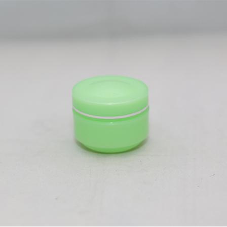 Pot Cream B8 20 Gram Hijau