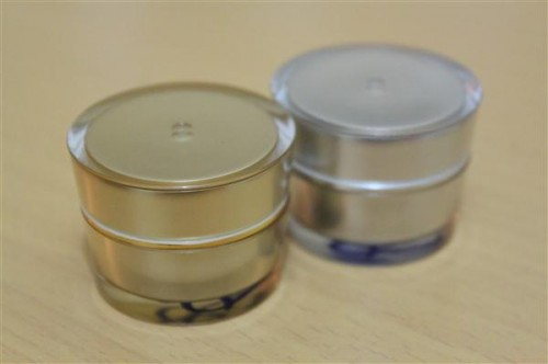 Pot Kanebo 7 Gram Gold dan Silver