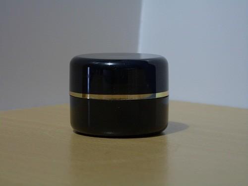 Pot Cream 12,5 Gram Hitam List Gold