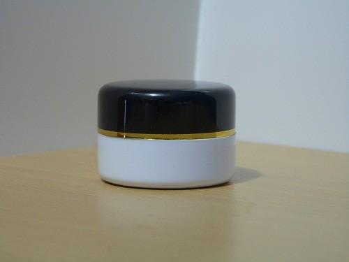 Pot Cream 12,5 Gram Hitam Putih List Gold