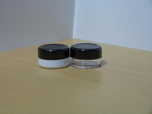 Pot 5 Gram PSBS Hitam Putih dan Hitam Bening